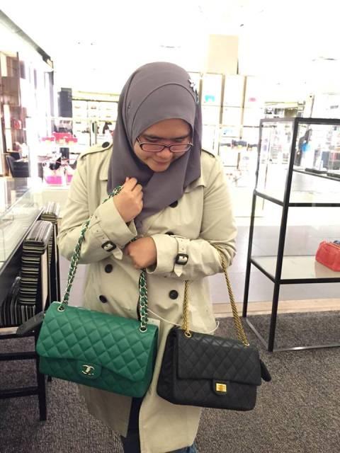 f198b56a1aa9 Berperanan sebagai personal shopper telah membawa Saadiah mengembara ke  beberapa negara serata dunia antaranya AS, United Kingdom (UK), Perancis,  Belgium, ...